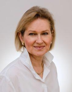 Dr. Juliane Hellhammer